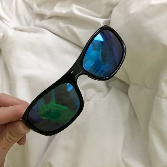 40739f7321 Costa Accessories - Costa Del Mar Female Polarized 580 Sunglasses
